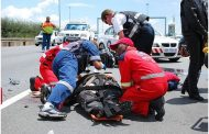 Pietermaritzburg Four injured after two vehicles collide