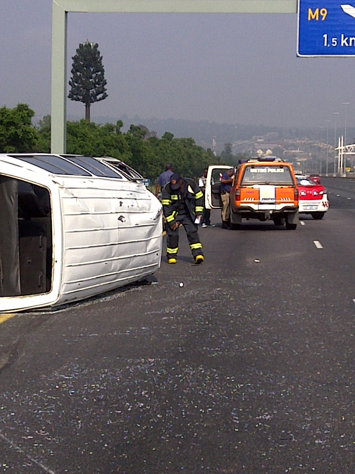 N2 Taxi Accident Claims Two Lives | Accidents.co.za ...