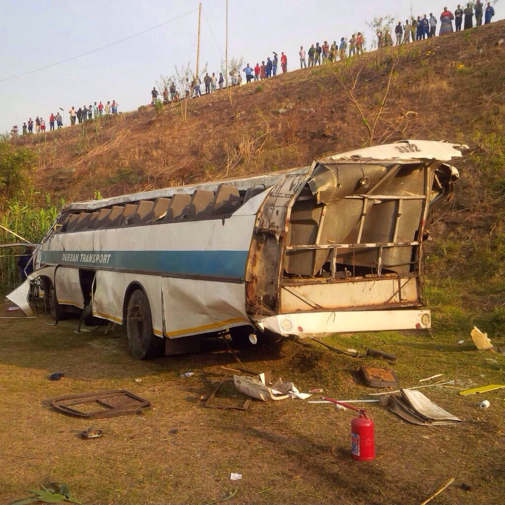 Bus rolls leaving 4 dead and 27 injured Durban
