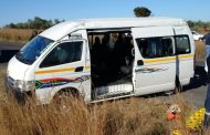 Collision between three vehicles leaves at least 12 injured