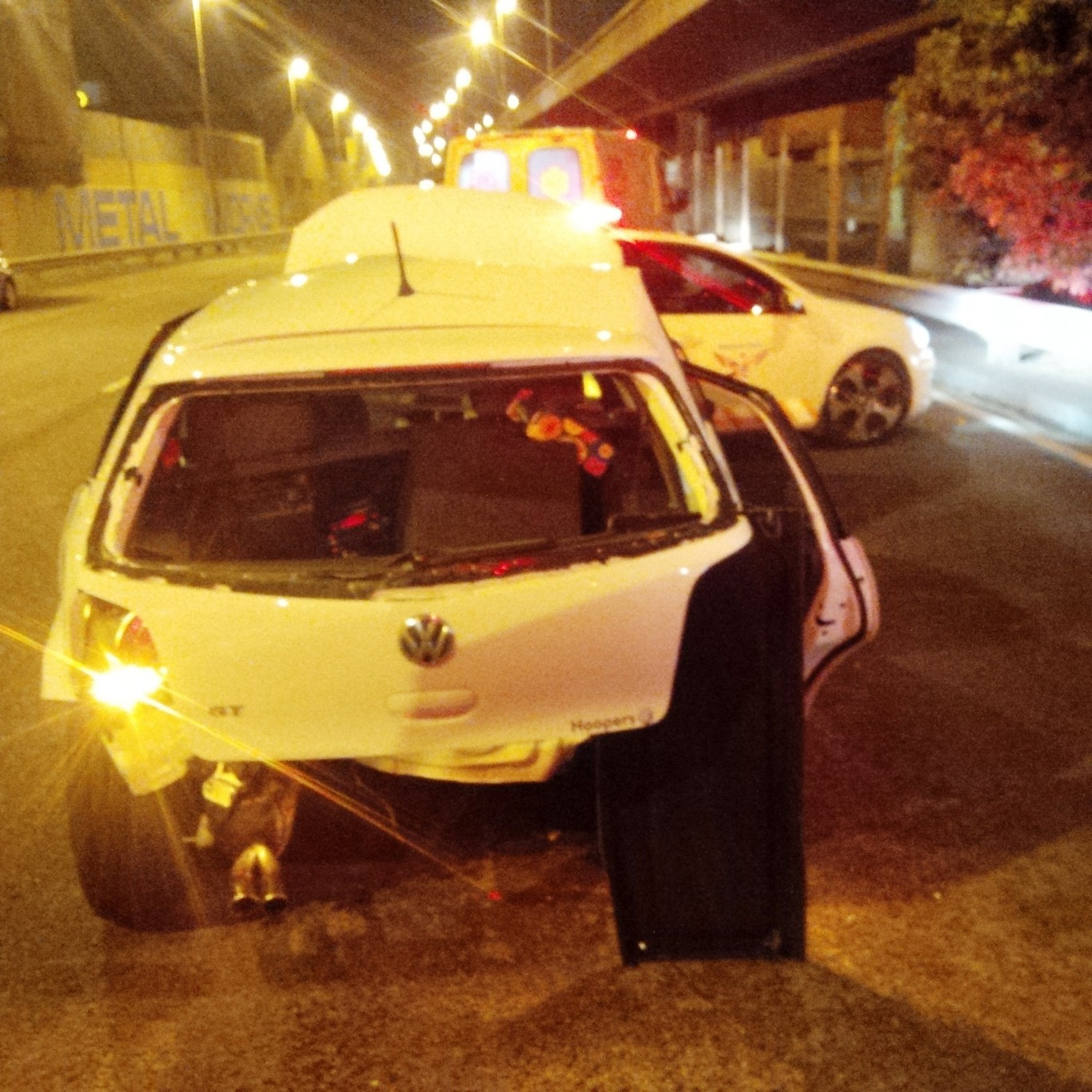 3 Hurt in early morning collision in Durban