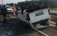12 Injured in minibus taxi rollover in Alberton