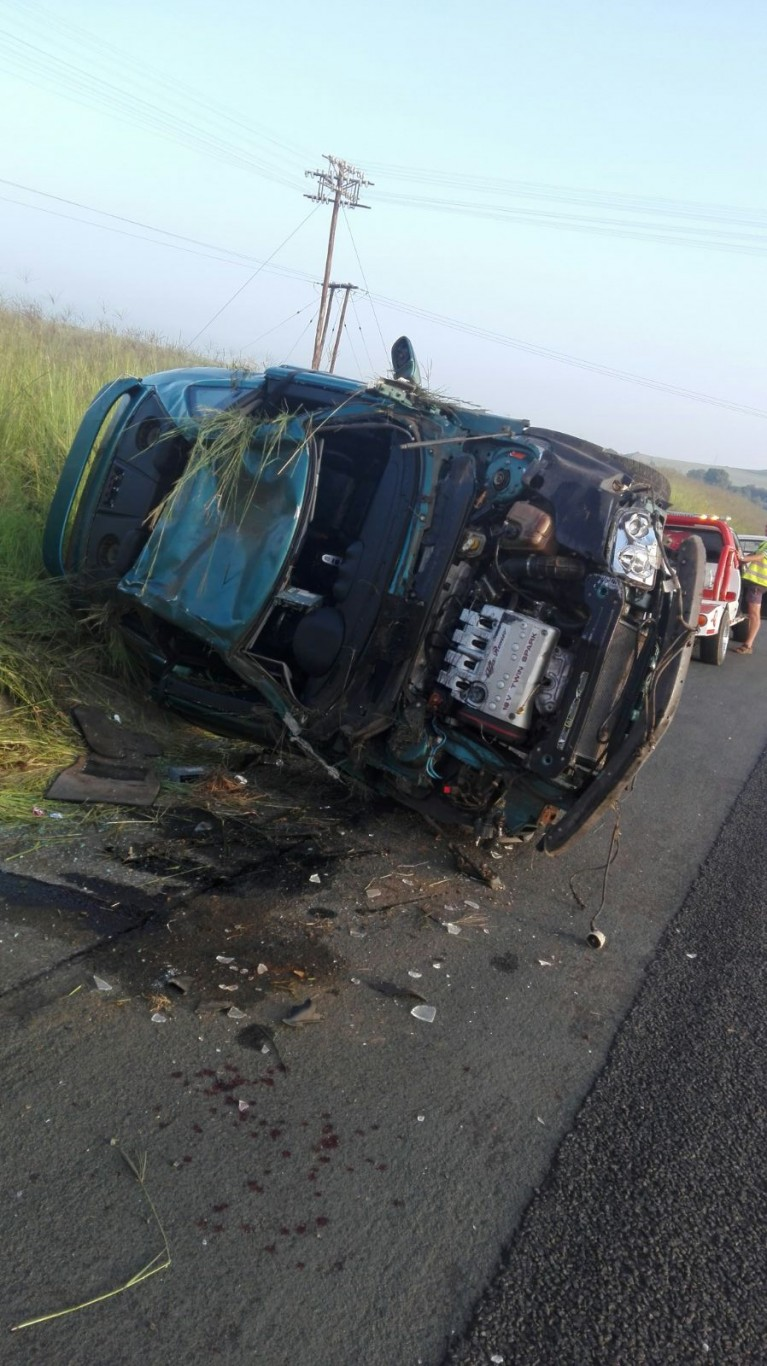 N3 Warden crash leaves two injured | Accidents co za