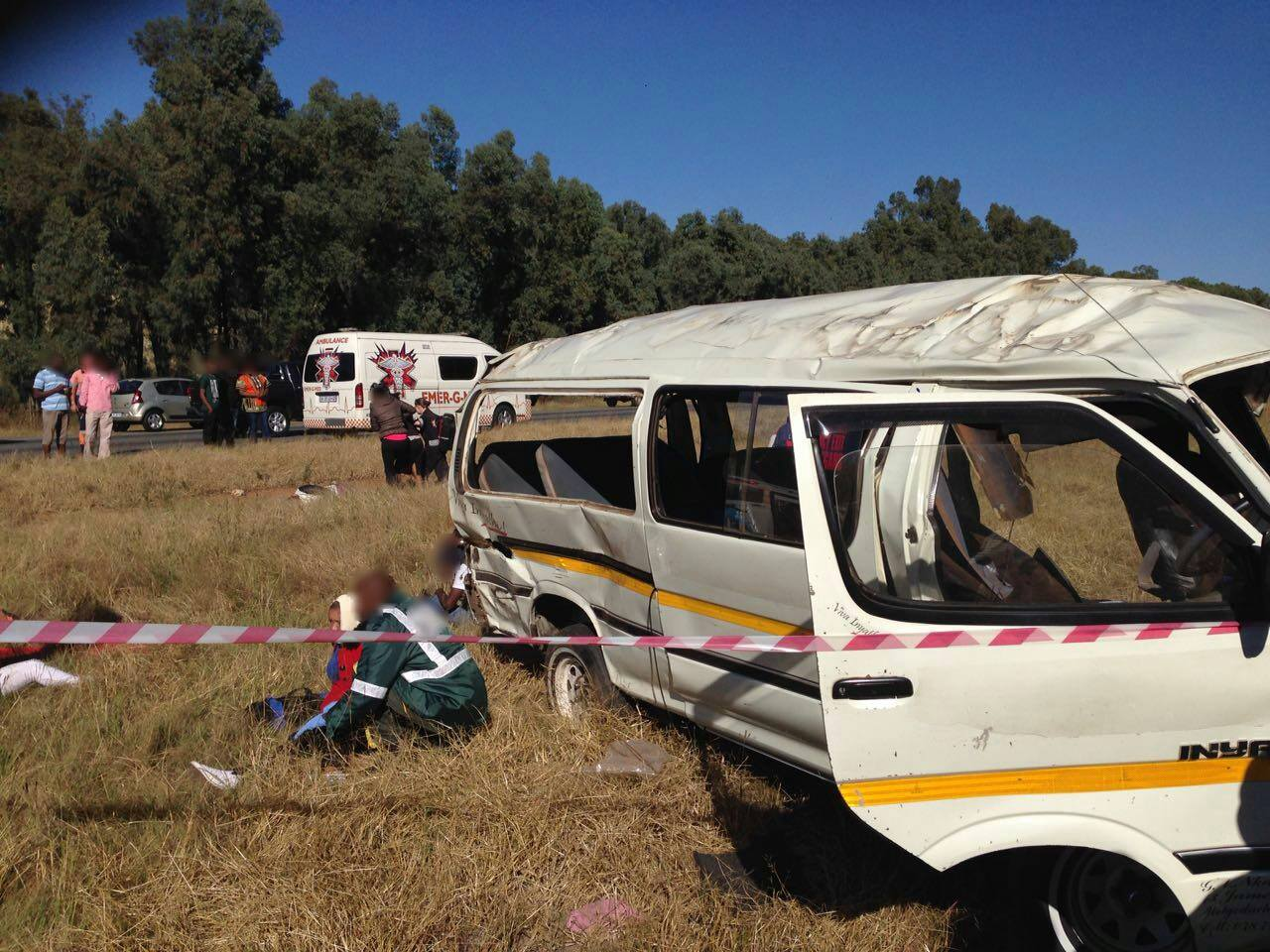 10 Injured in road crash at Rondebult Road, East of Johannesburg