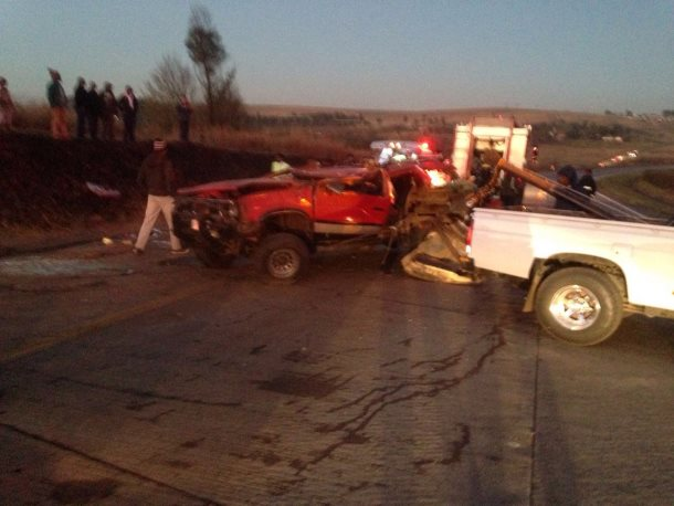 Five injured after vehicle overturns between Cedara and Maryvale