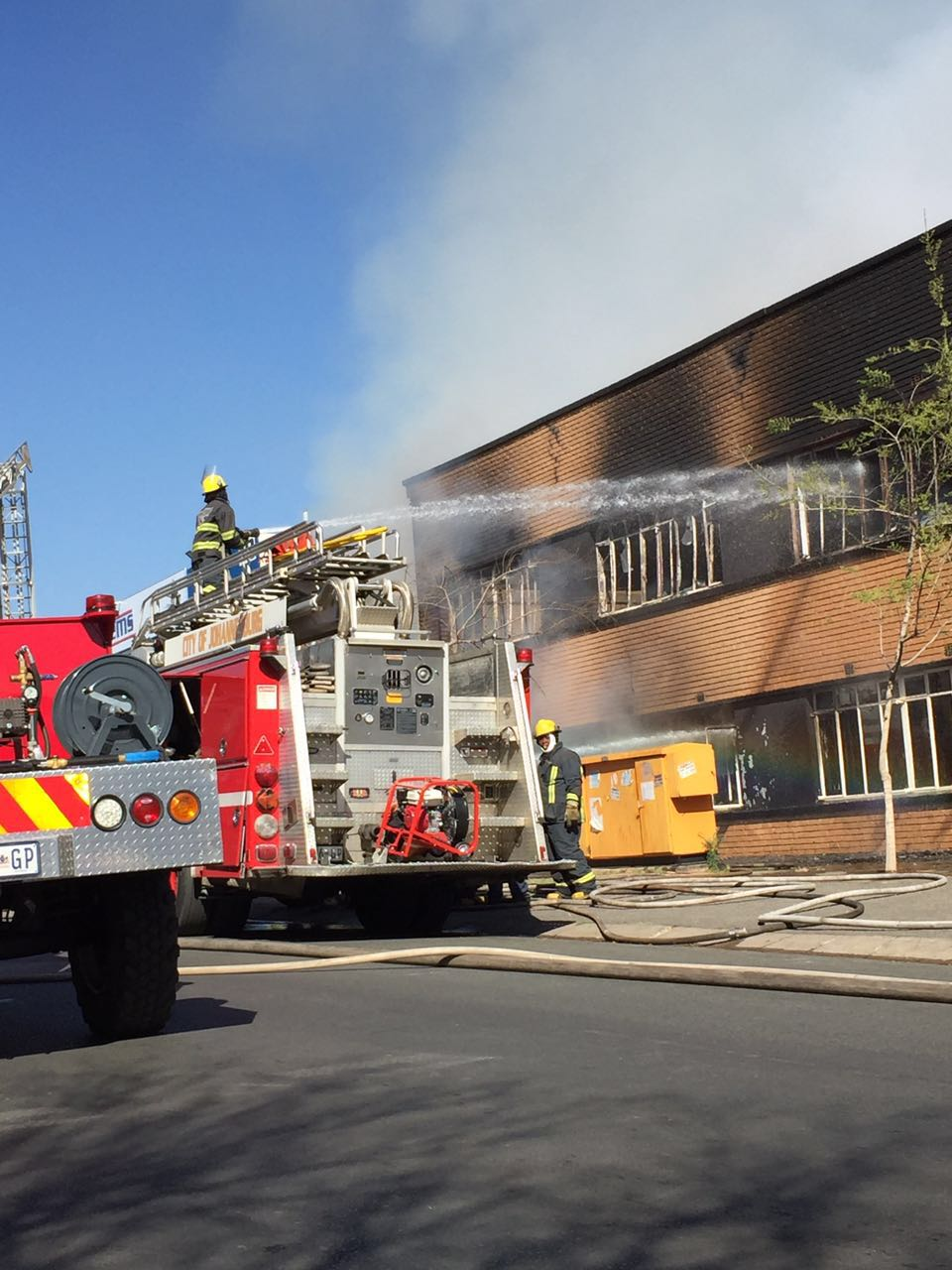 One injured when fire broke out at a furniture store in Roodepoort.