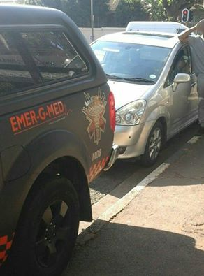 Pedestrian vehicle collision on Roberts Avenue outside Jeppe's Girls School