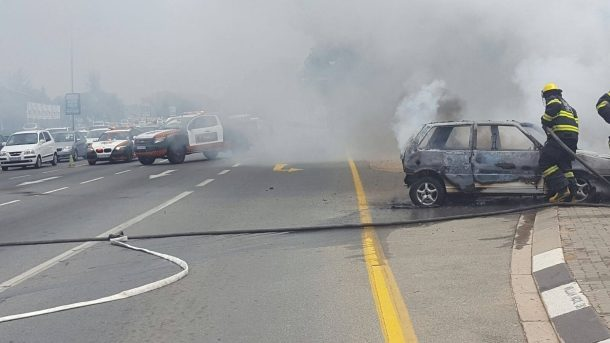A car fire on William Nicol and Leslie, in Fourways