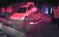 Two injured in crash in Wentworth