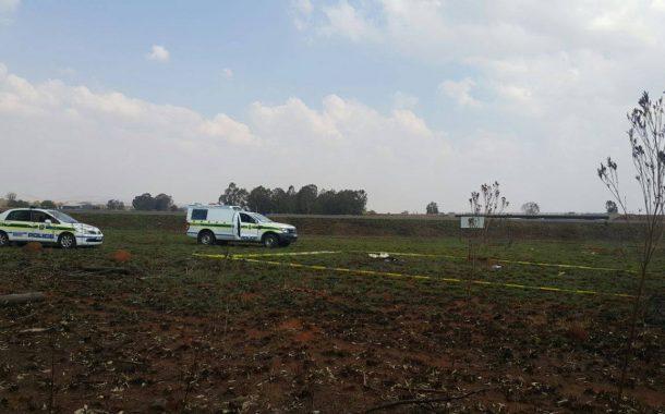 Decomposed body found in veld near road in Meyerton