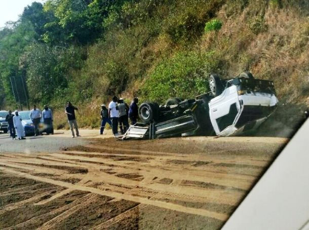 Four injured after sand truck overturned on the M4 near La Mercy