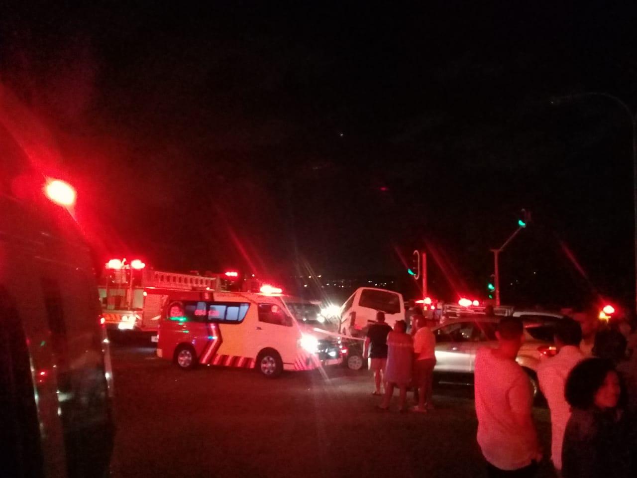17 Injured after taxi and bakkie collide in Brackendowns, Alberton