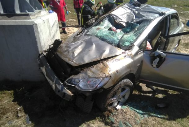 A woman and 2-year-old child were killed when their car crashed into a pillar in the Delft area, Western Cape