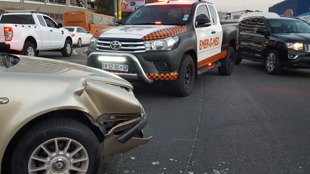 Vehicle collision leaves four injured in Randburg