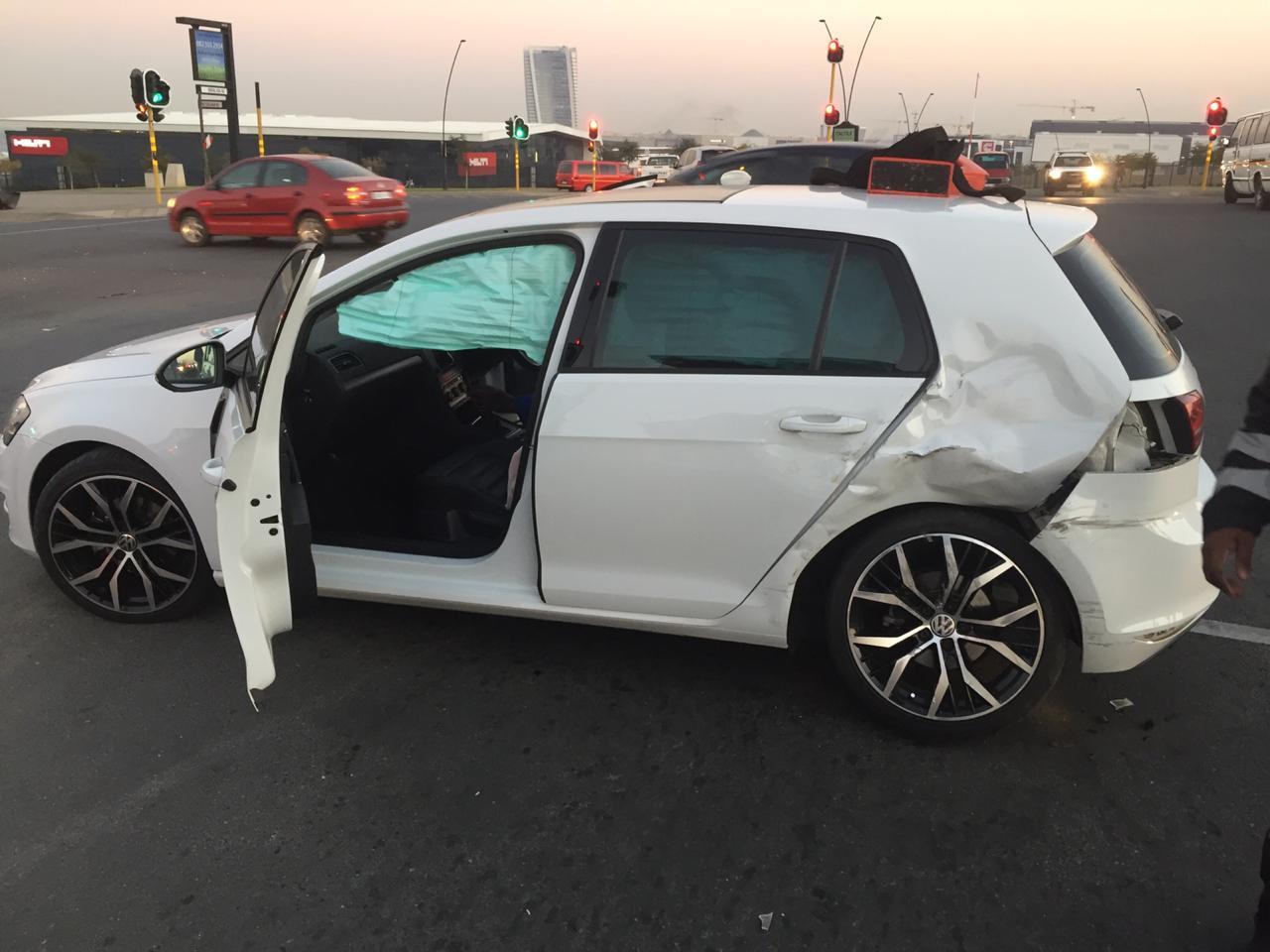 One injured in Glen Austin crash