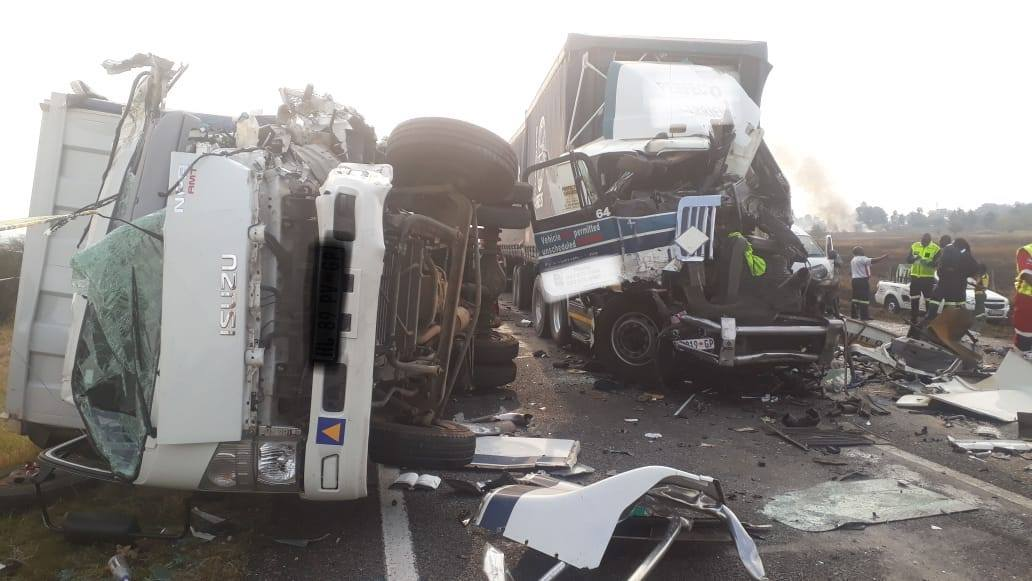 Several dead and multiple injured in N3 collision | Accidents co za