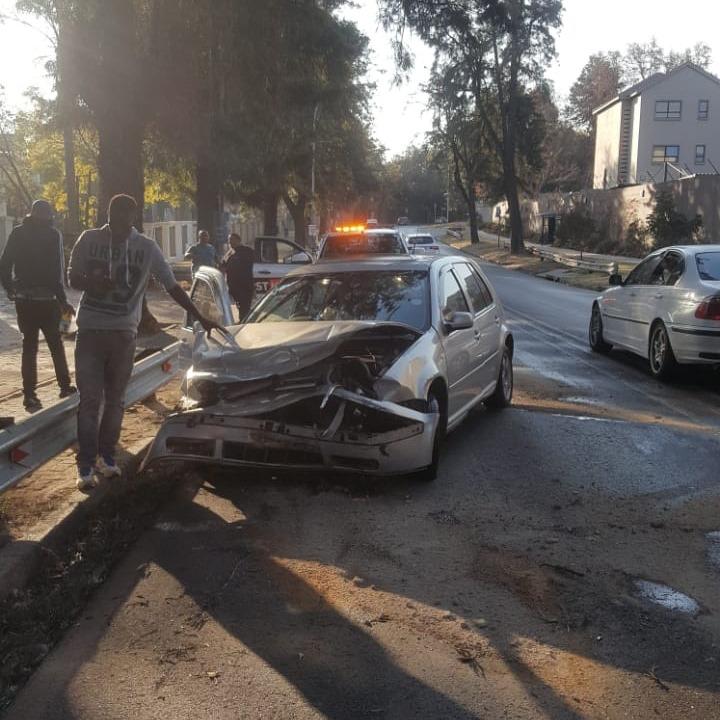 Road crash at intersection in Saxonworld
