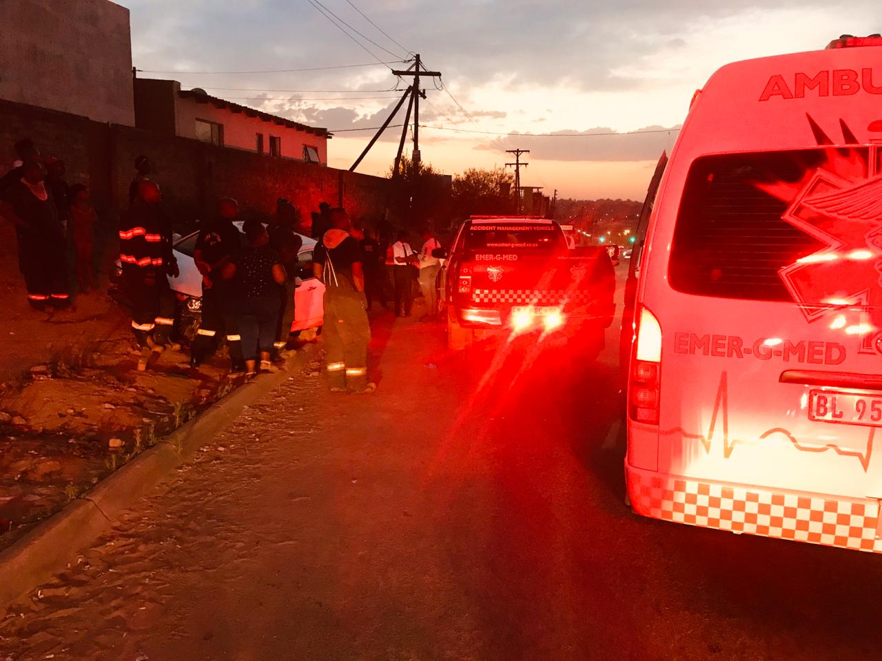 Pedestrian injured in road crash in Cosmo City