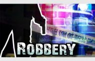 Police launch manhunt following business robbery in Wierdabrug