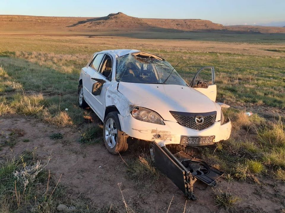 Vehicle rollover leaves one injured in Harrismith