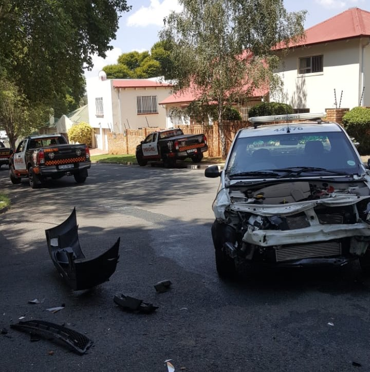 Two inured in Parkhurst collision