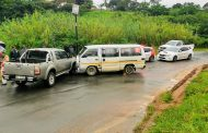 Overtaking Taxi Crashes Into Bakkie in Redcliffe, KZN
