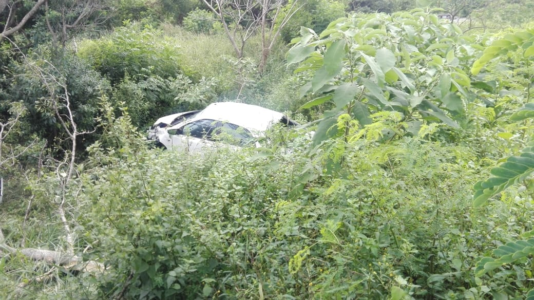 Vehicle collision on the R102 in Mt. Edgecombe
