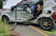 Fatal road crash on the R102 in Pumula
