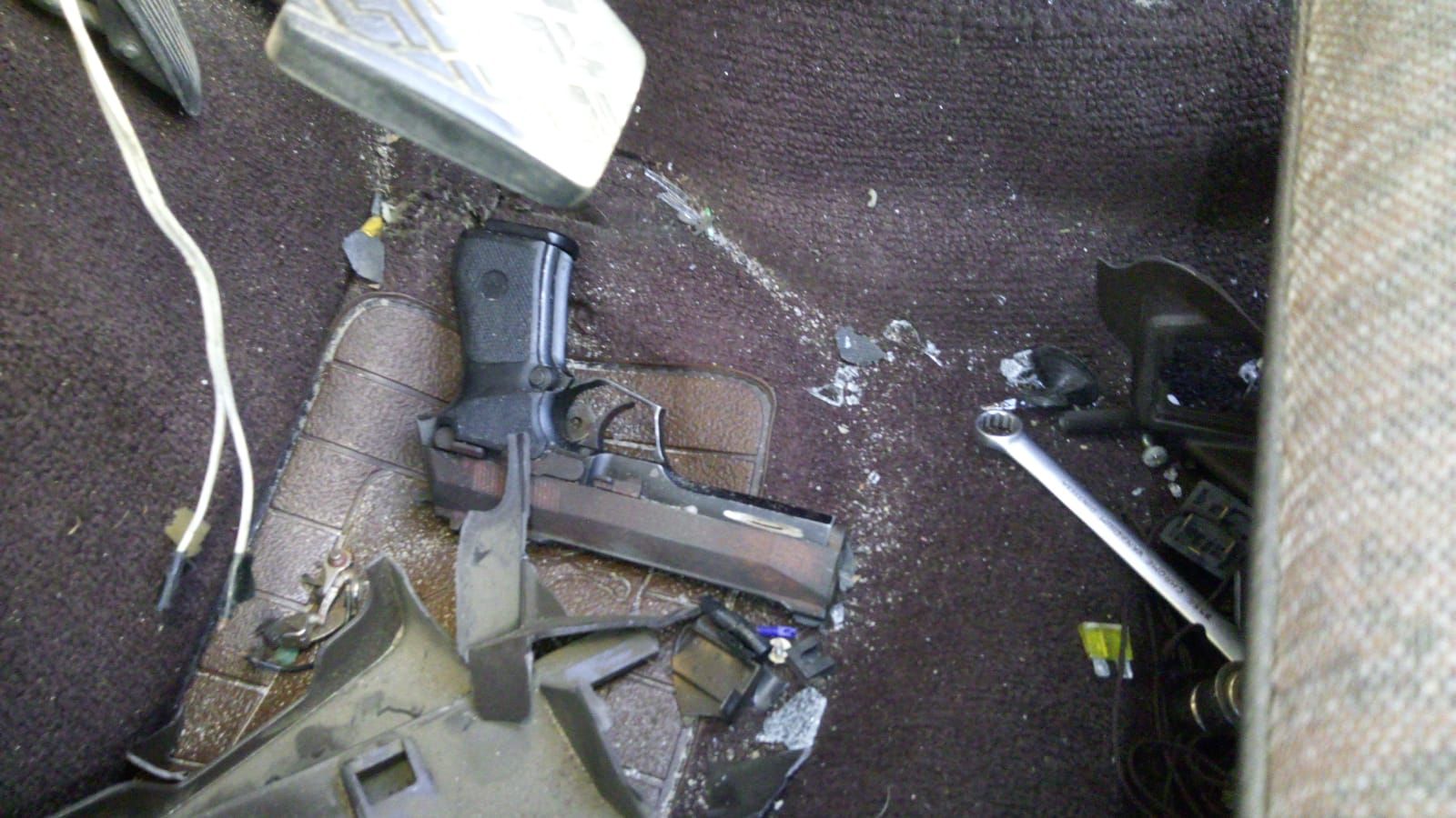 Three men arrested after pointing firearm at police in Rocklands