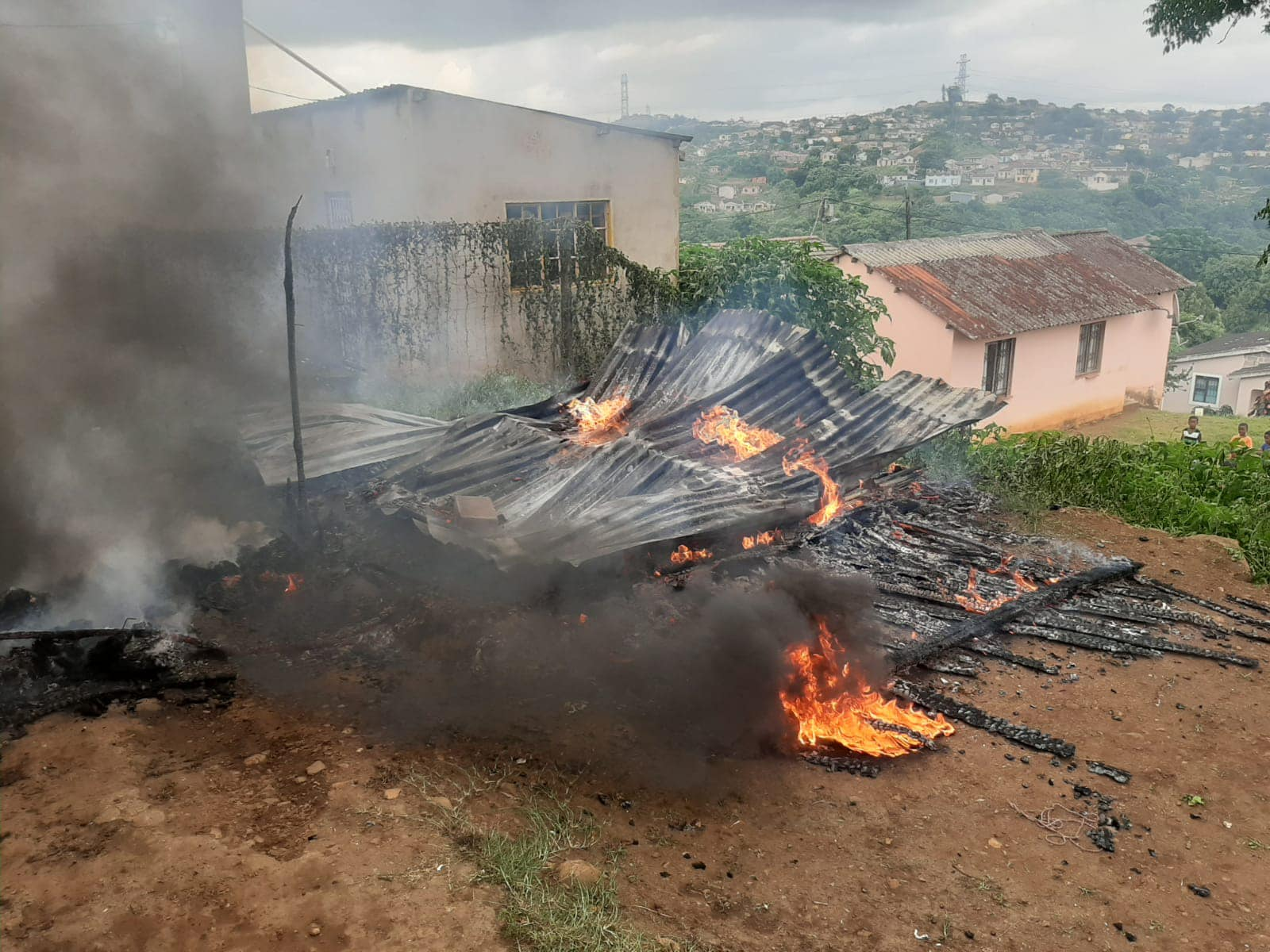 House structure destroyed in fire in Waterloo, KZN