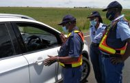 Free State festive season roadblock nets 18 undocumented persons, vehicles, persons searched and screened