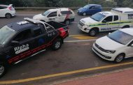 Suspects apprehended with stolen goods